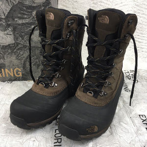789ba0659c2 North Face Chilkat 400 Leather Utility Boots NWT